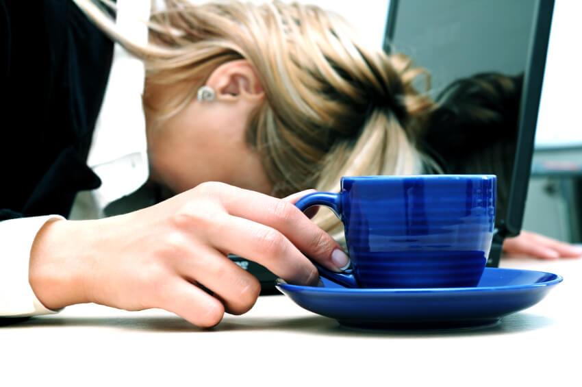 کامپیوتر سلامت , کامپیوتر چه تاثیری بر خواب انسان میگذارد, همیار آی تی