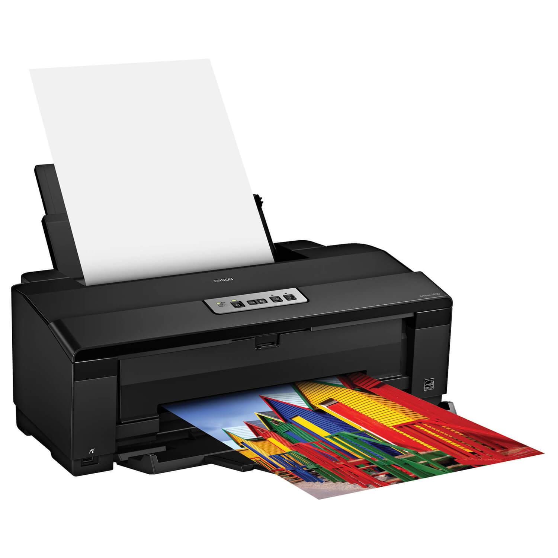 چاپگر (Printer) یک واحد خروجی است، اطلاعات موجود در رایانه توسط این قسمت بر روی کاغذ چاپ میشوند .