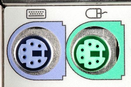 تصویری از پورت های PS2