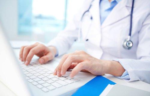 توصیههایی برای حفظ سلامتی هنگام کار با رایانه و موبایل