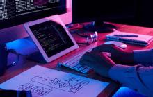 مهندسی نرمافزار چیست و چگونه به برنامهنویسان کمک میکند؟