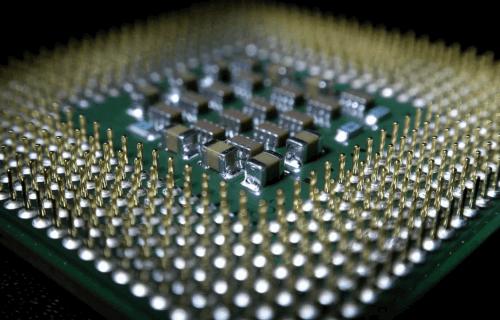 سفر به قلب کامپیوتر، ترانزیستورها چگونه دنیای ما را متحول کردند؟