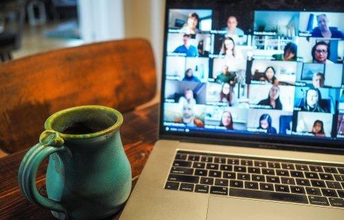 وبینار (Webinar) یا سمینار آنلاین چیست و چگونه برگزار میشود؟