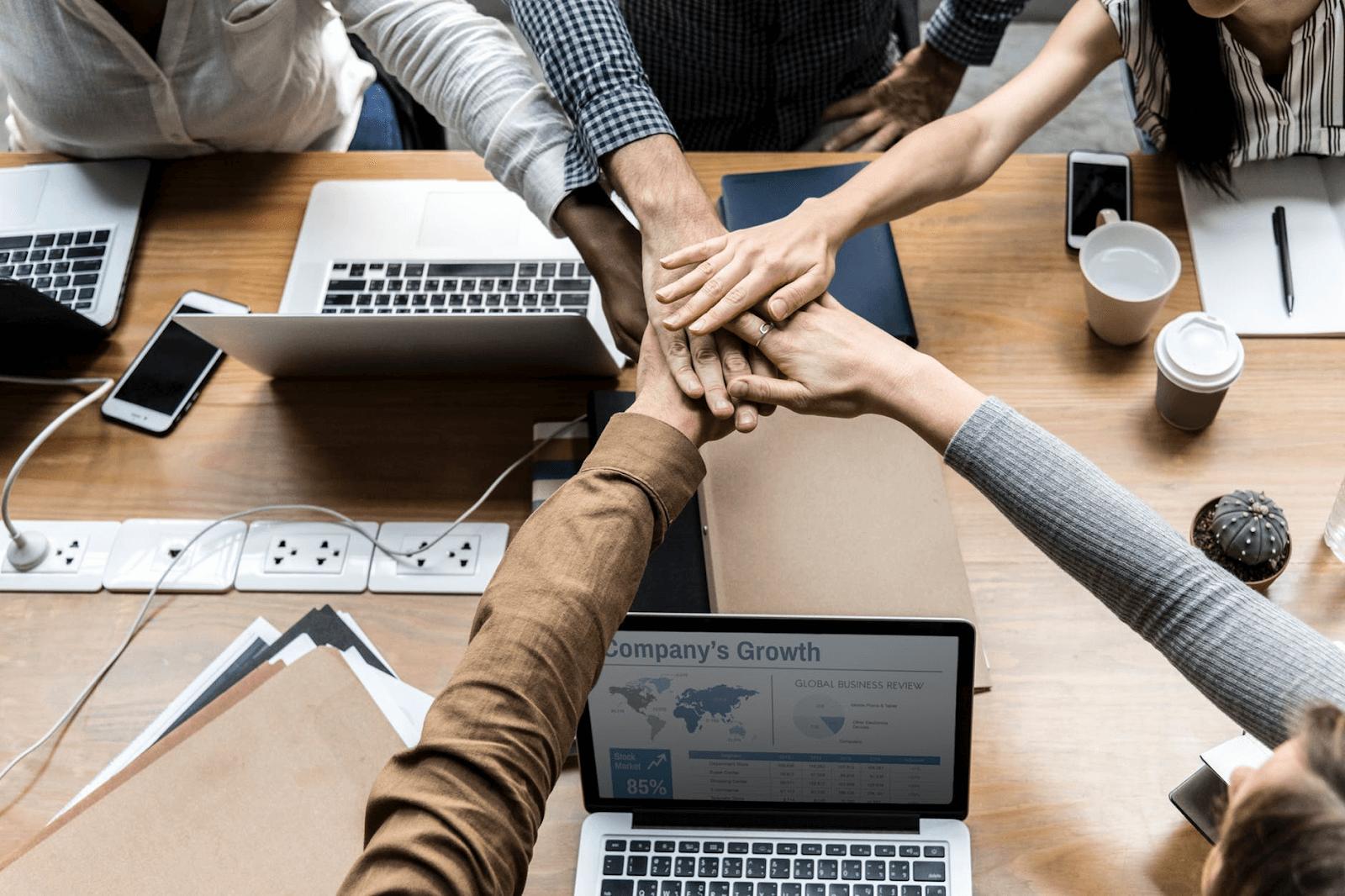 همکاری یکی از کلیدیترین عناصر پروژههای تحقیق و توسعه است